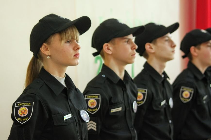 Перший шкільний патруль Ужгорода розпочав свою роботу в угорській ЗОШ №10: фоторепортаж, фото-17