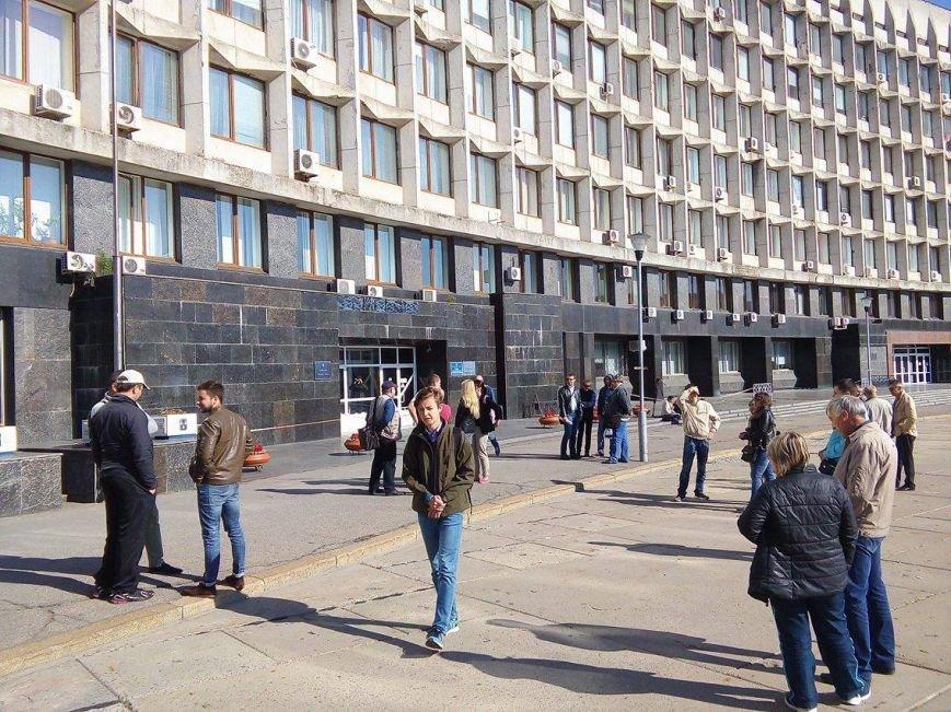 «Хрен вам, а не 5 гривен»: в Сумах протестуют против  повышения стоимости проезда в маршрутках (ФОТО), фото-1