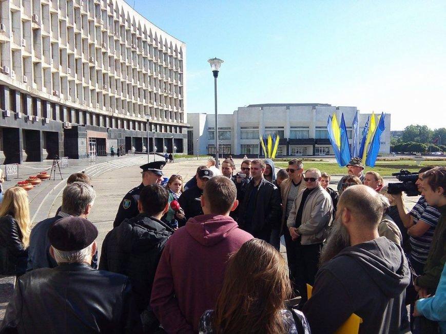 «Хрен вам, а не 5 гривен»: в Сумах протестуют против  повышения стоимости проезда в маршрутках (ФОТО), фото-2