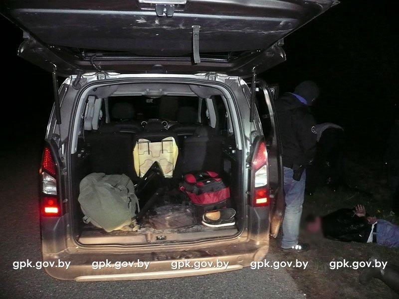 Незаконную транзитную миграцию граждан из Вьетнама пресекли Гродненские пограничники: организаторы нелегального канала задержаны, фото-1