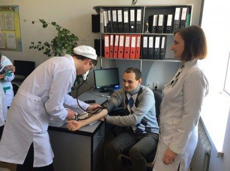 У Новоград-Волинському медичному коледжі відбувся захід до Всесвітнього дня боротьби з артеріальною гіпертонією, фото-1