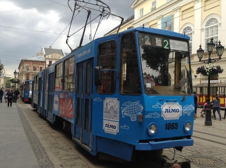 Будь в курсі: сьогодні на площі Ринок зупинилися трамваї (ФОТО), фото-1