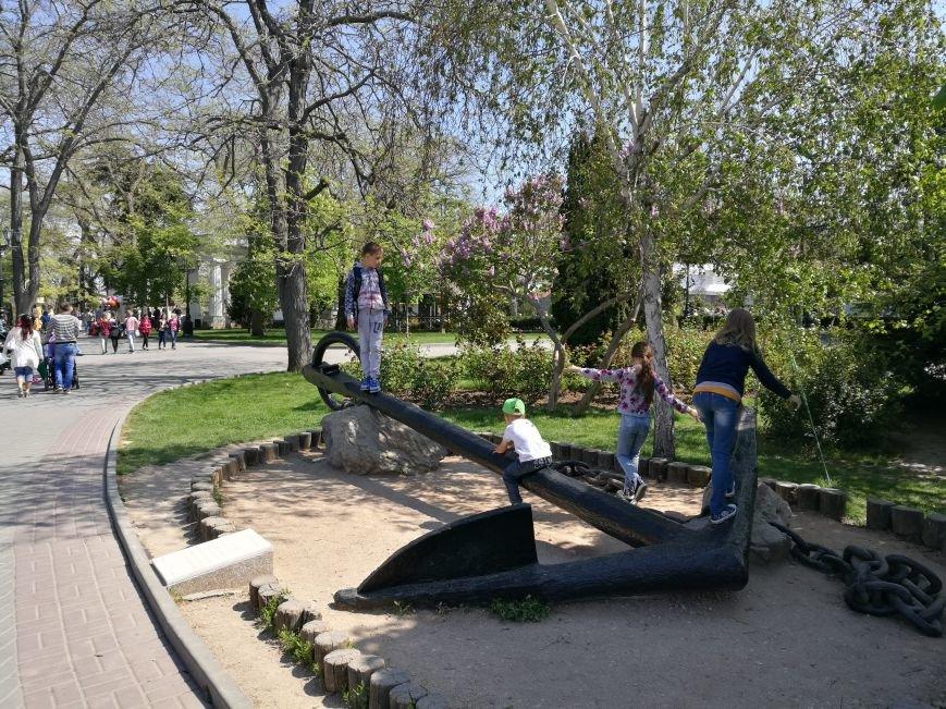 Первое место, куда идут туристы в Севастополе - площадь адмирала Нахимова (ФОТО), фото-11