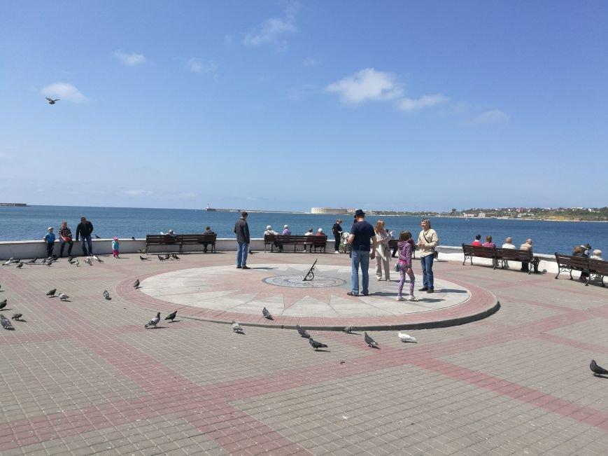 Первое место, куда идут туристы в Севастополе - площадь адмирала Нахимова (ФОТО), фото-5