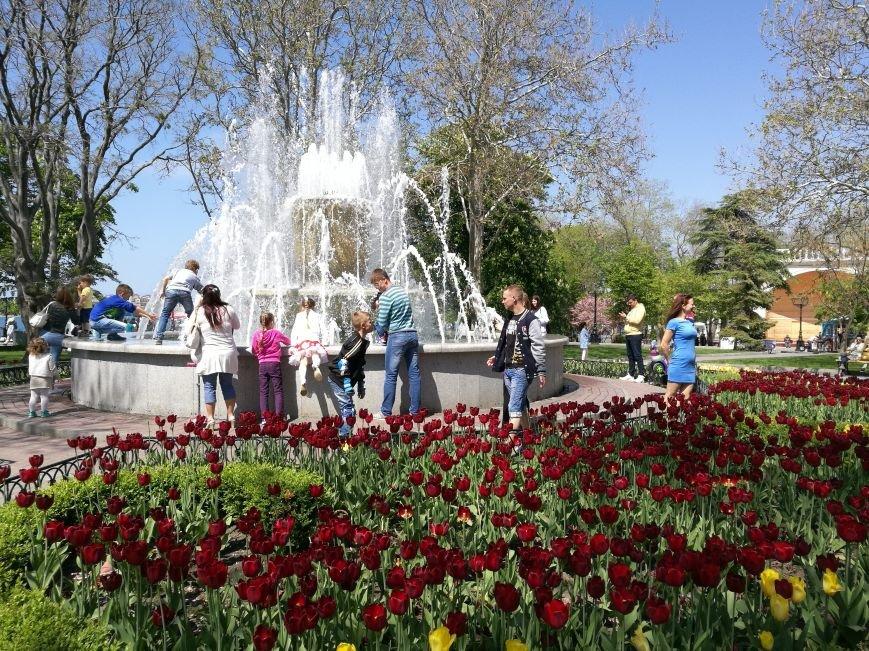 Первое место, куда идут туристы в Севастополе - площадь адмирала Нахимова (ФОТО), фото-12