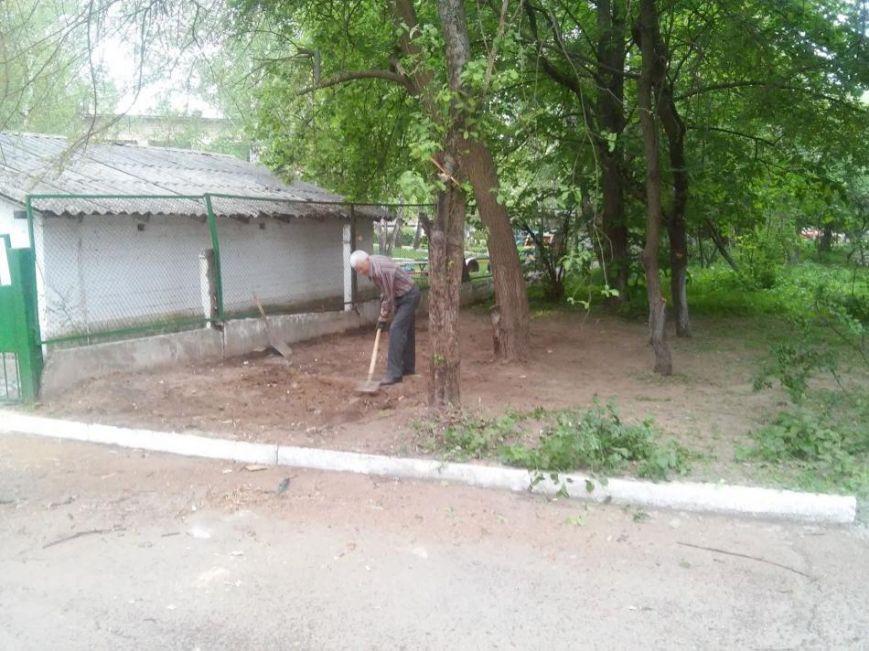 Муниципальная полиция ликвидировала в Чернигове первый незаконный «гараж-сарай», фото-7