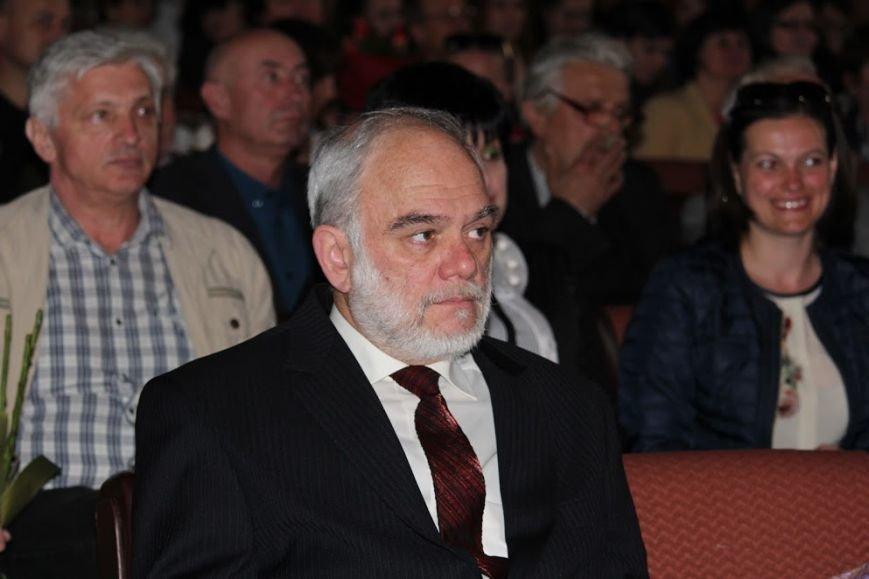 В Ужгороді відбувся авторський концерт відомого українського композитора Віктора Теличка: фото, фото-7