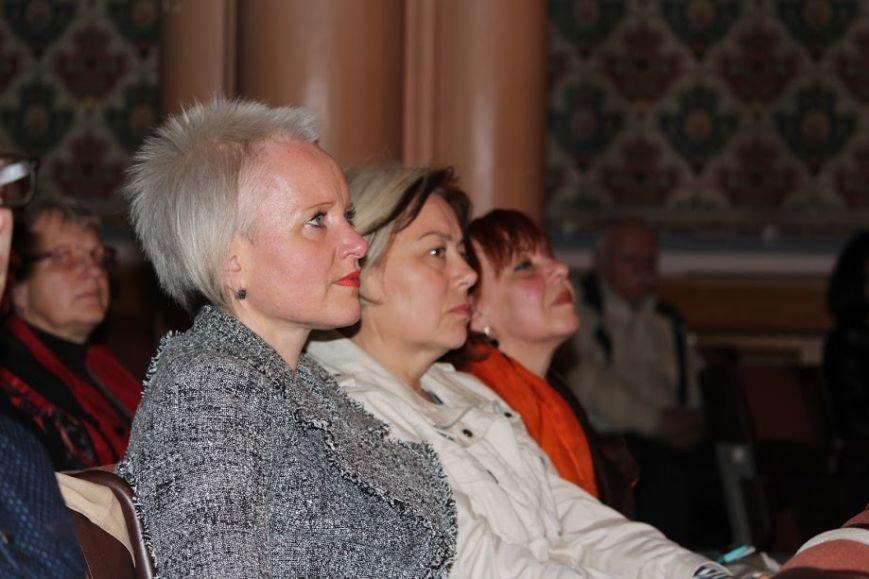 В Ужгороді відбувся авторський концерт відомого українського композитора Віктора Теличка: фото, фото-4