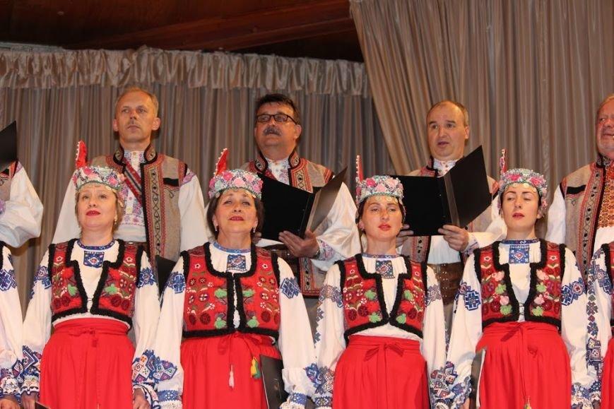 В Ужгороді відбувся авторський концерт відомого українського композитора Віктора Теличка: фото, фото-6