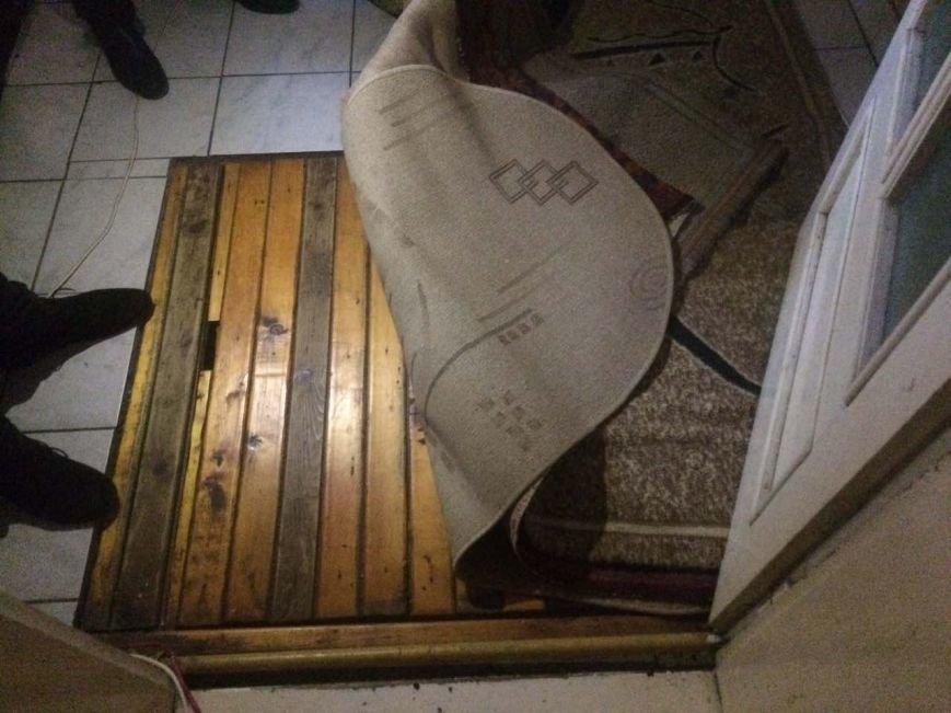 Як виглядає партія цигарок на мільйон гривень, вилучена силовиками у мешканця Закарпаття: фото, відео, фото-2