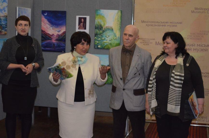 В Мелитополе состоялось открытие художественной выставки «Дыхание весны», фото-7