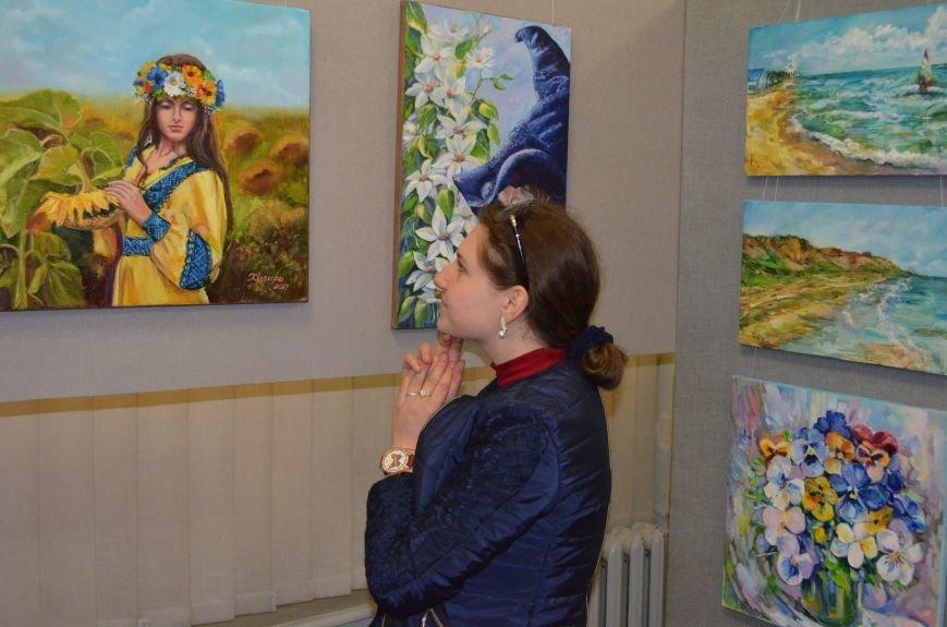 В Мелитополе состоялось открытие художественной выставки «Дыхание весны», фото-6