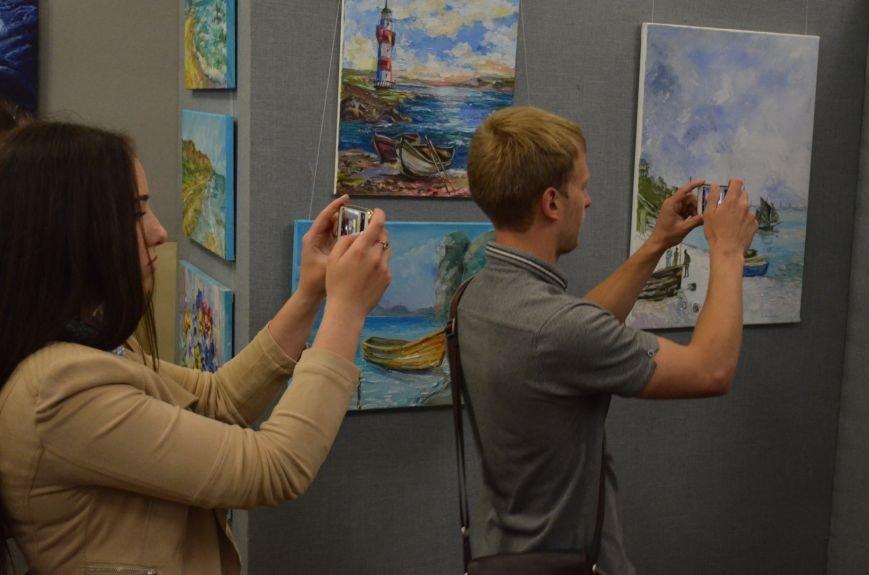 В Мелитополе состоялось открытие художественной выставки «Дыхание весны», фото-2