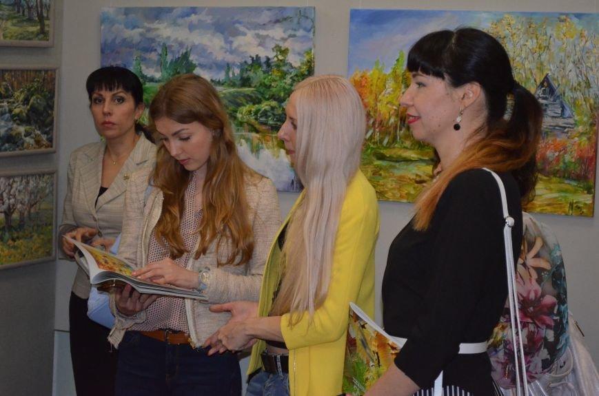 В Мелитополе состоялось открытие художественной выставки «Дыхание весны», фото-10
