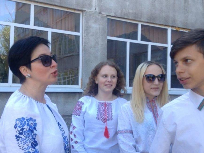 """""""Це модно!"""" Более 1000 юных мариупольцев вышли на парад в вышиванках (ФОТО, ВИДЕО), фото-9"""