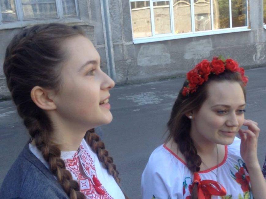 """""""Це модно!"""" Более 1000 юных мариупольцев вышли на парад в вышиванках (ФОТО, ВИДЕО), фото-10"""
