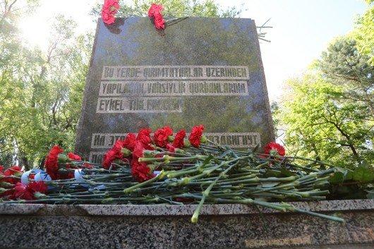 В Симферополе возложили цветы к памятникам, посвященным жертвам депортации (ФОТО), фото-3