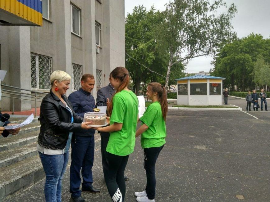 В Покровске состоялся легкоатлетический забег, приуроченный ко Дню Европы и Олимпийскому дню, фото-17