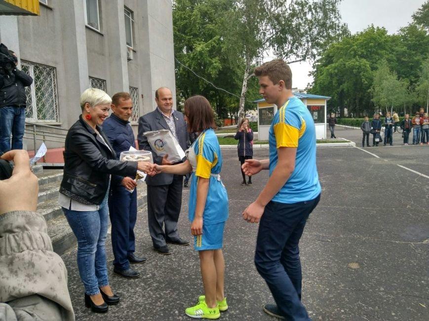 В Покровске состоялся легкоатлетический забег, приуроченный ко Дню Европы и Олимпийскому дню, фото-15