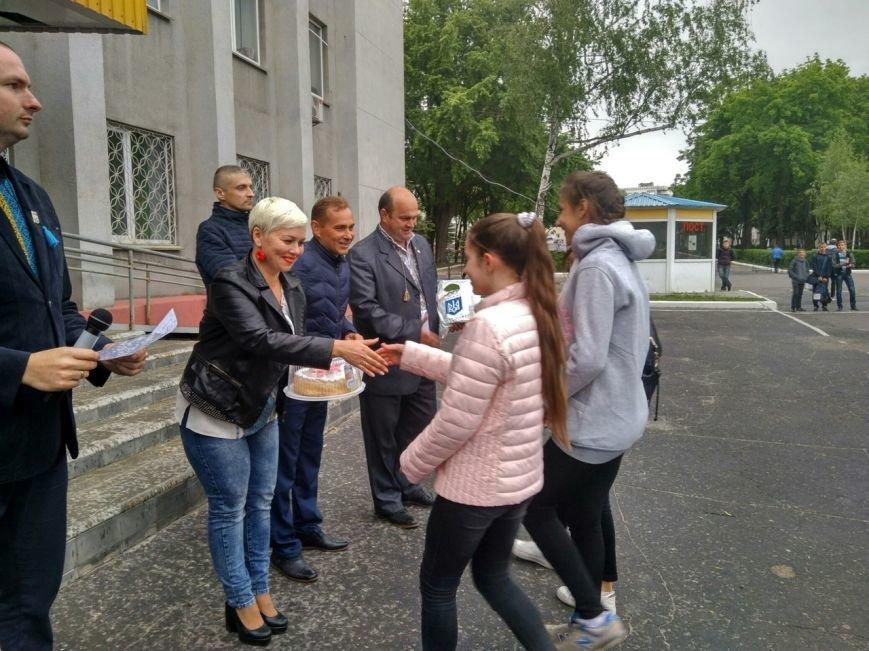 В Покровске состоялся легкоатлетический забег, приуроченный ко Дню Европы и Олимпийскому дню, фото-16
