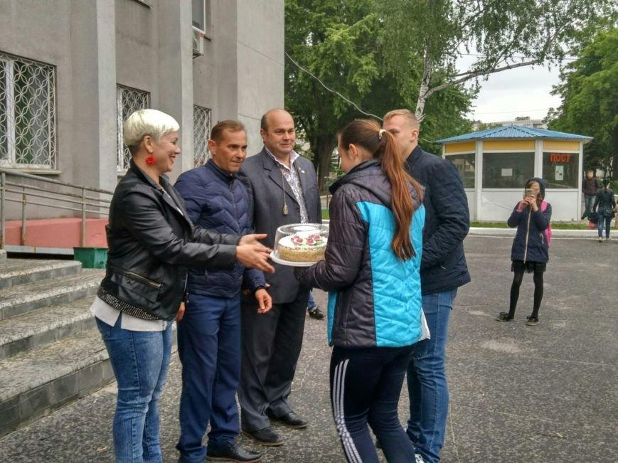 В Покровске состоялся легкоатлетический забег, приуроченный ко Дню Европы и Олимпийскому дню, фото-20