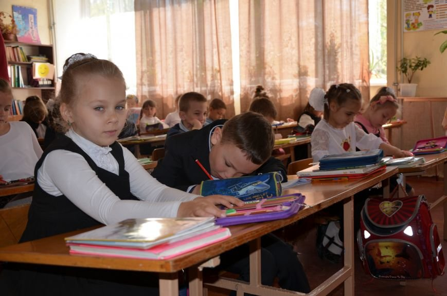 В Мариуполе родители обещают взять в руки оружие, чтобы спасти школу от закрытия (ФОТО+ВИДЕО), фото-8