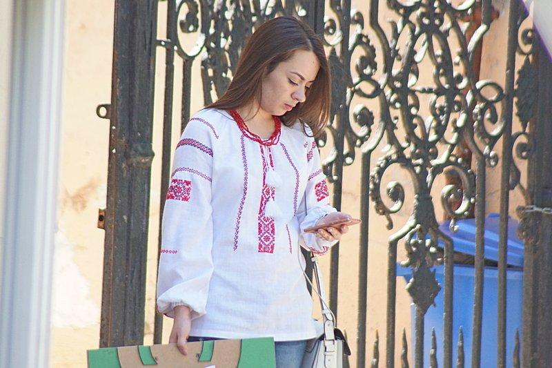 Одесситы необычно нарядились в честь Дня вышиванок (ФОТО), фото-2