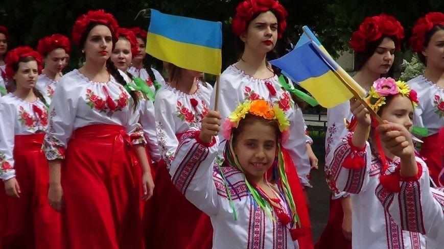 Жители греческих поселков собрались в Мангуше на парад в вышиванках (ФОТО), фото-7