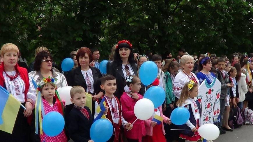 Жители греческих поселков собрались в Мангуше на парад в вышиванках (ФОТО), фото-4