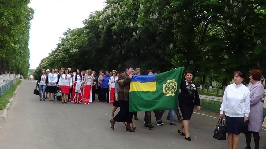 Жители греческих поселков собрались в Мангуше на парад в вышиванках (ФОТО), фото-6