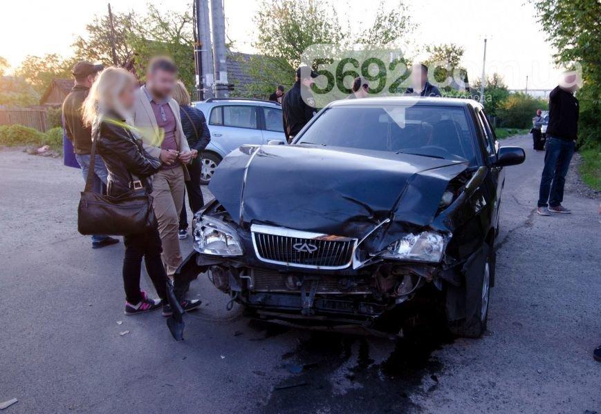 В Каменском вследствие ДТП столкнулись Fiat Doblo и Chery Amulet, фото-6