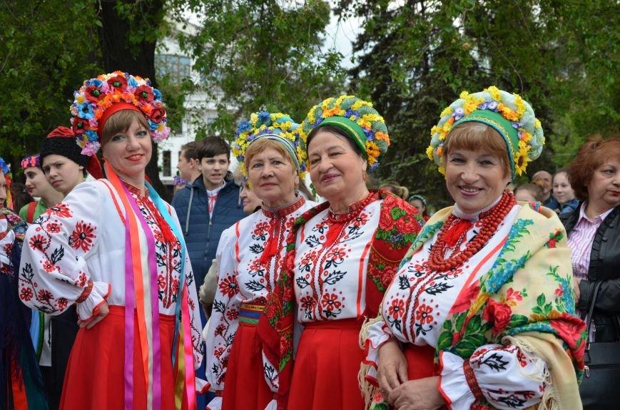 В Мариуполе прошел масштабный парад вышиванок (ФОТОРЕПОРТАЖ+ВИДЕО), фото-50