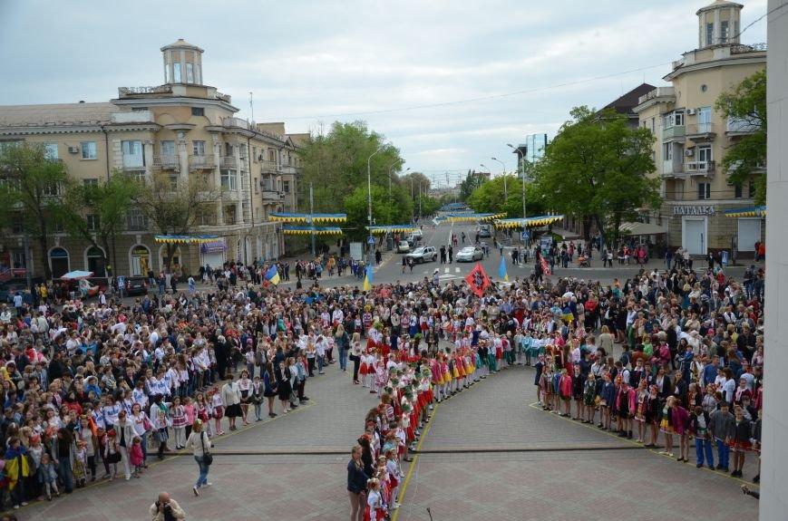 В Мариуполе прошел масштабный парад вышиванок (ФОТОРЕПОРТАЖ+ВИДЕО), фото-32