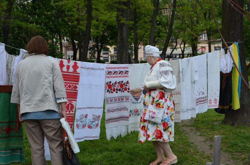 В Мариуполе прошел масштабный парад вышиванок (ФОТОРЕПОРТАЖ+ВИДЕО), фото-40