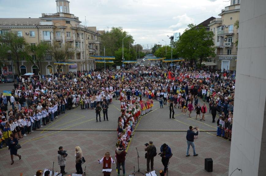 В Мариуполе прошел масштабный парад вышиванок (ФОТОРЕПОРТАЖ+ВИДЕО), фото-30