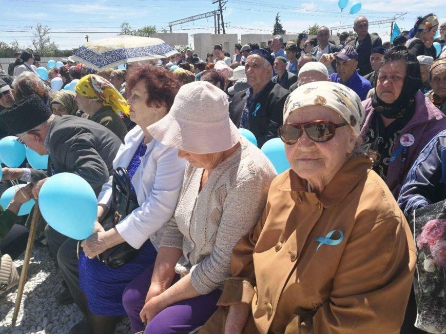 Под Бахчисараем почтили память жертв депортации из Крыма (ФОТО), фото-2