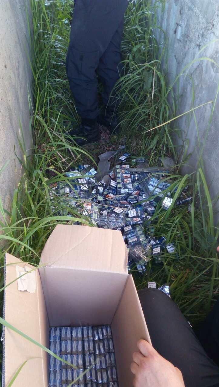 """На Закарпатті митники відібрали в українця елітне """"БМВ"""" вартістю майже у мільйон гривень: фото, фото-4"""