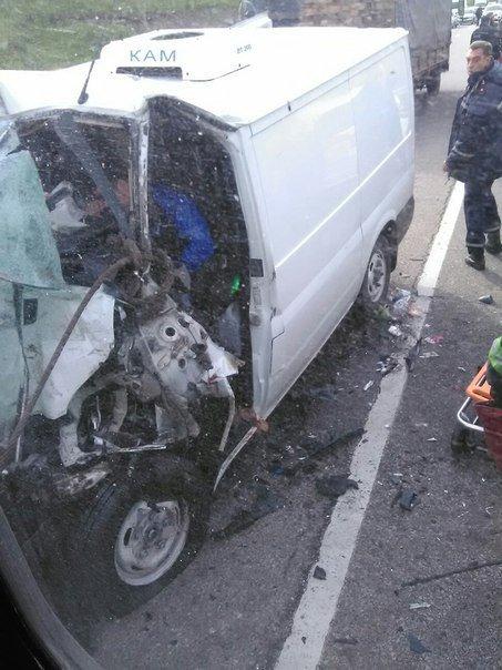 Авария на окружной: столкнулись три автомобиля и маршрутка: 11 пострадавших (ФОТО), фото-8
