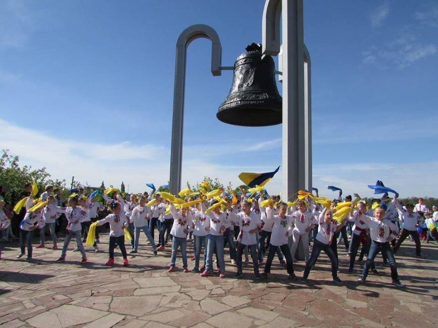 Як новоград-волинці святкували  День вишиванки, фото-2