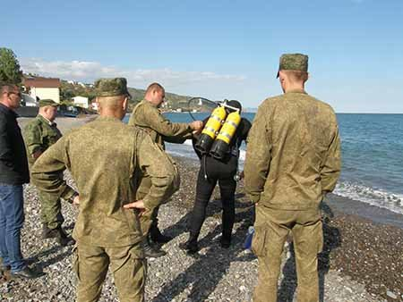 При обследовании крымского пляжа водолазы нашли минометные мины (ФОТО), фото-2