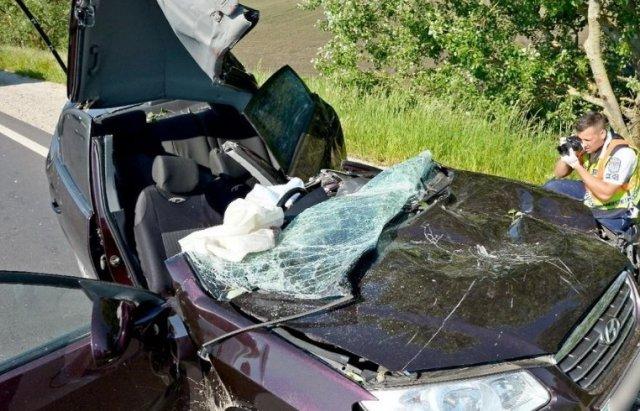 В Угорщині у жахливій ДТП померла 39-річна мукачівка - двоє дітей залишились сиротами: фото, фото-2