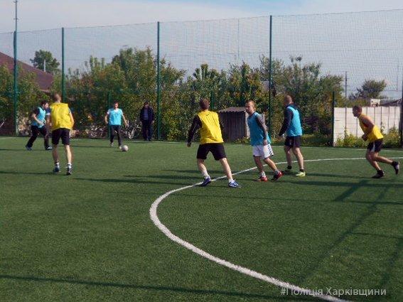 На Харьковщине прошел товарищеский матч по мини-футболу между полицией и спасателями (ФОТО), фото-3