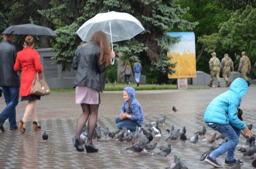 В Мариуполе под дождем отмечали День Европы (ФОТОРЕПОРТАЖ+ВИДЕО), фото-10