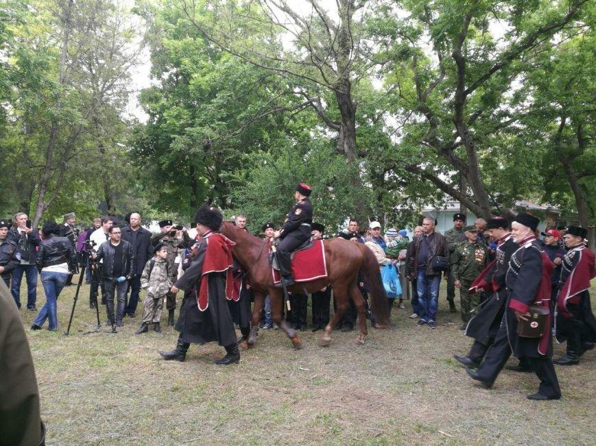 Старинный обряд посвящения мальчиков в казаки совершили в Симферополе (ФОТОФАКТ), фото-1