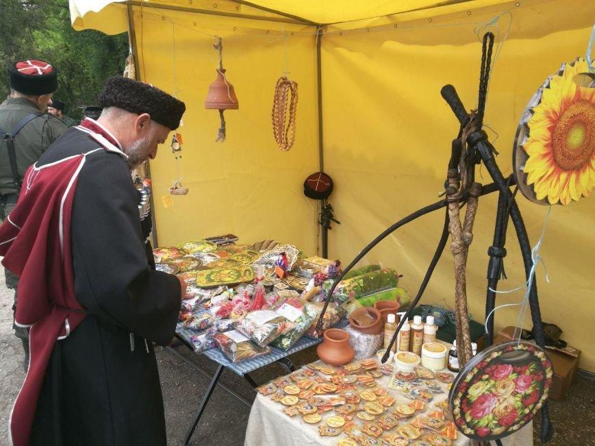 Старинный обряд посвящения мальчиков в казаки совершили в Симферополе (ФОТОФАКТ), фото-3