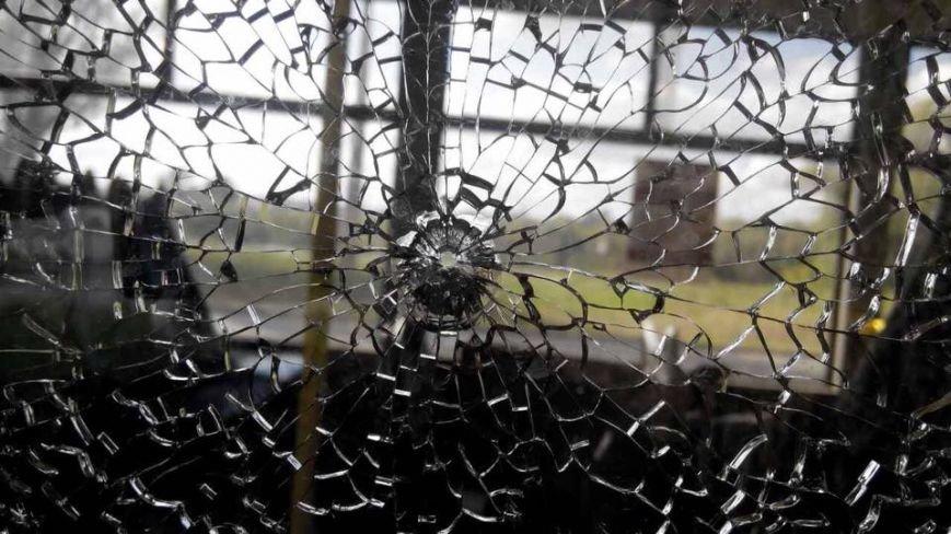 В Харькове неизвестные обстреляли троллейбус (ФОТО), фото-4