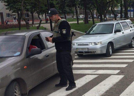 У Покровську триває спецоперація з безпеки дорожнього руху, фото-1