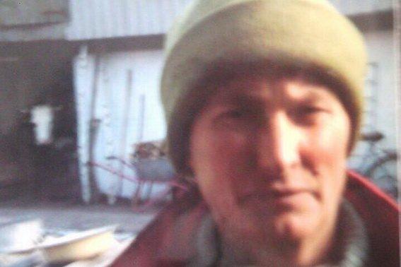 Поліція оголосила у розшук 55-річну закарпатку, яка зникла після виписки з психлікарні: фото, фото-1