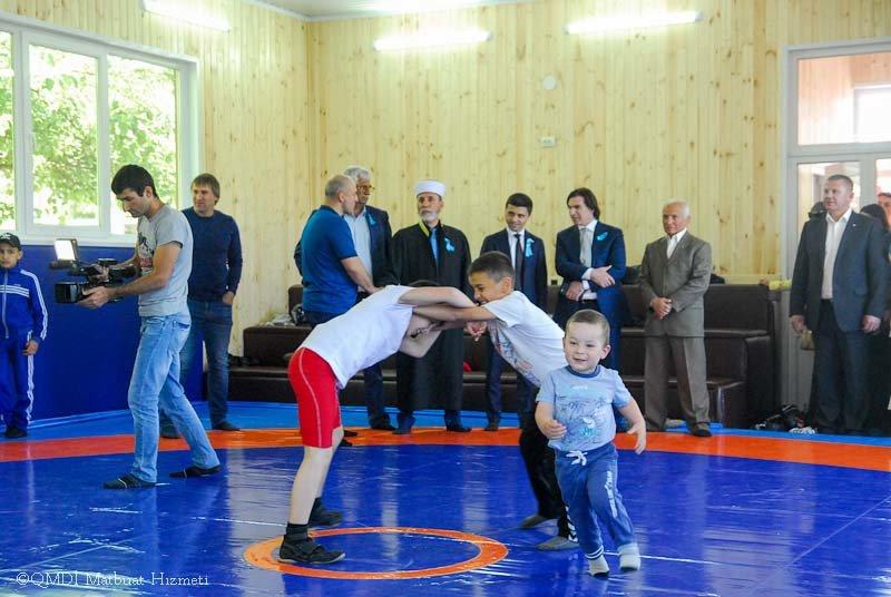 В микрорайоне Фонтаны Симферополя появился спортзал (ФОТО), фото-4