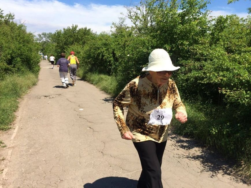 В Мариуполе за Европу бежали практически одни пенсионеры (ФОТО, ВИДЕО), фото-7